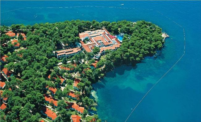 Вилла Plava Laguna  Galijot расположена на полуострове на курорте Плава Лагуна в Порече