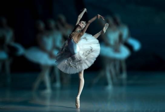 ross-balet-dubai_clip_image002